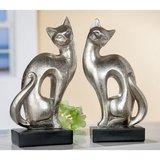 Zittende katten  zilver op zwarte voet_