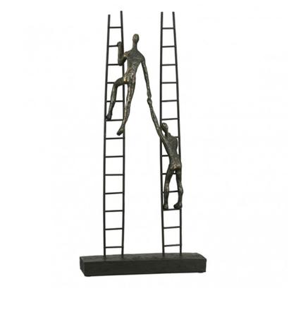 Sculptuur omhoog klimmen