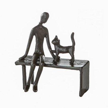 Sculptuur vrouw met kat
